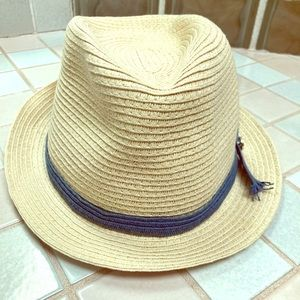 Straw Hat: Perfect for summer!